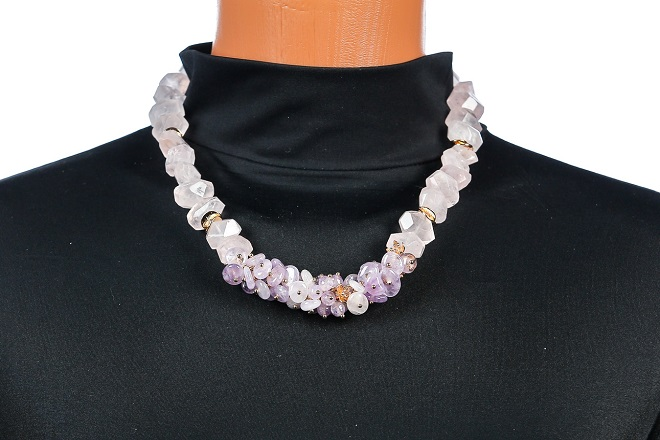 Ожерелье из кварца