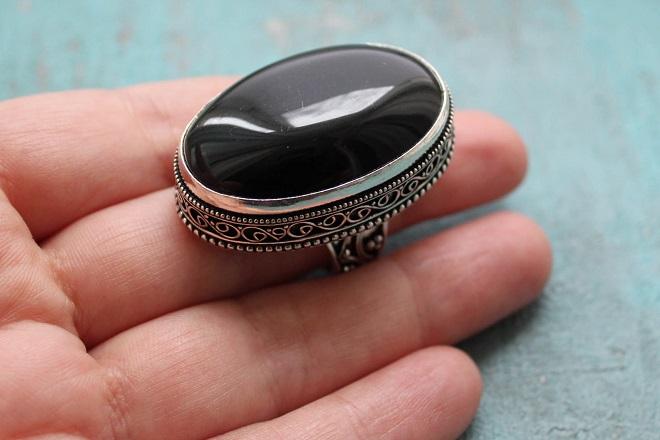 Кольцо из черного оникса