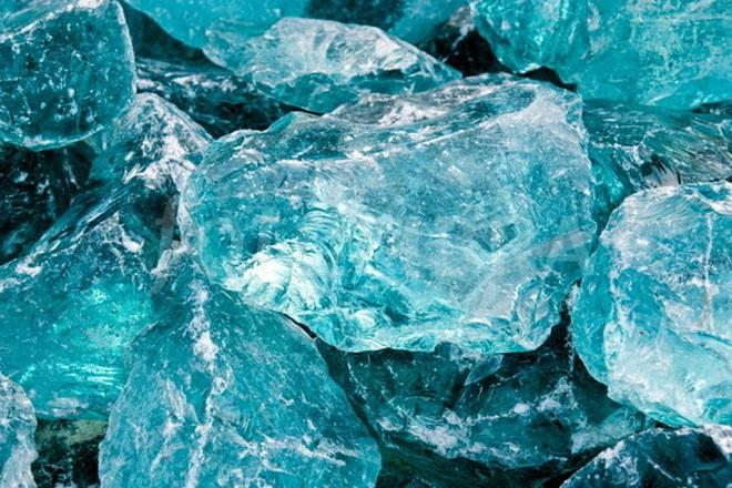 Голубой аквамарин