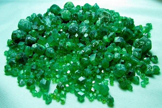 Зеленые самоцветы