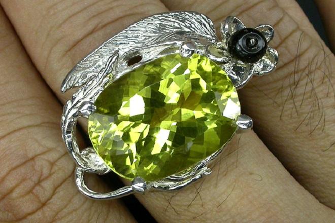 Зеленый цитрин