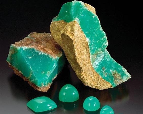 Камень ХРИЗОПРАЗ: 50 оттенков зеленого
