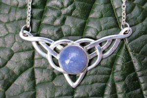 кельтское колье с голубым халцедоном, 70 USD