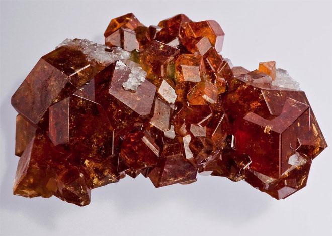 минерал гранат