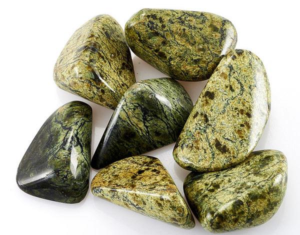 змеевик камень