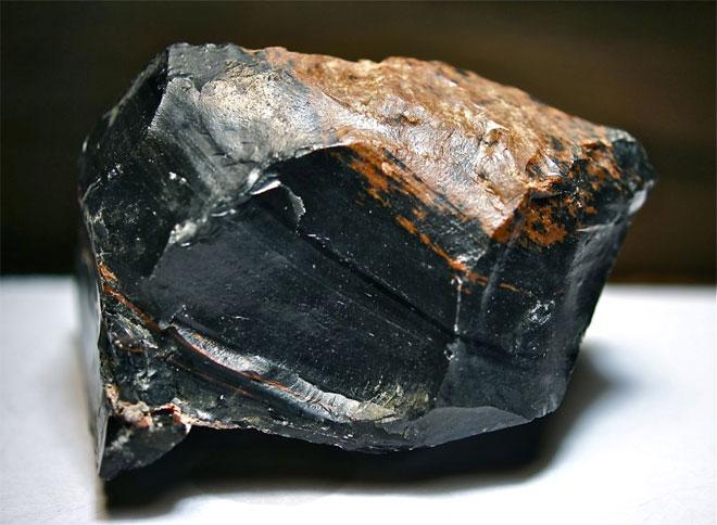 обсидиан камень
