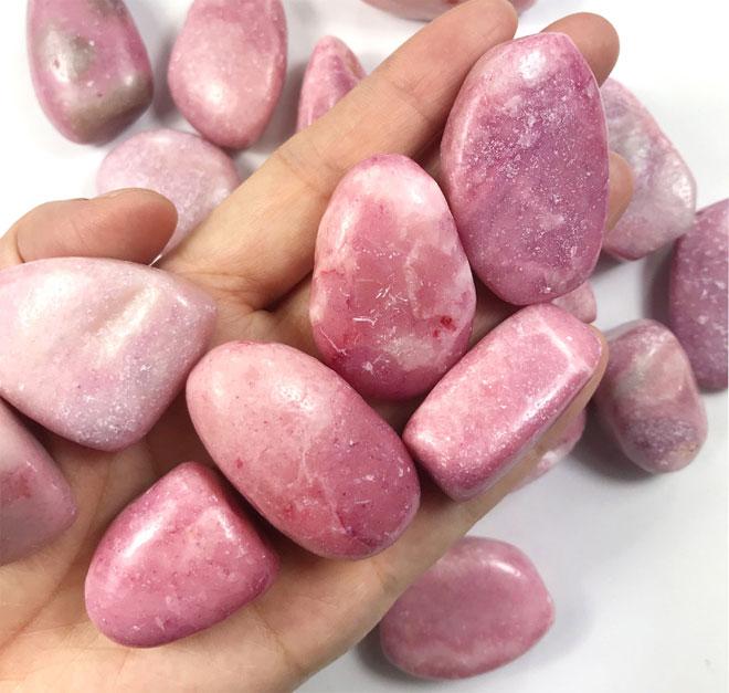 розовый опал камень