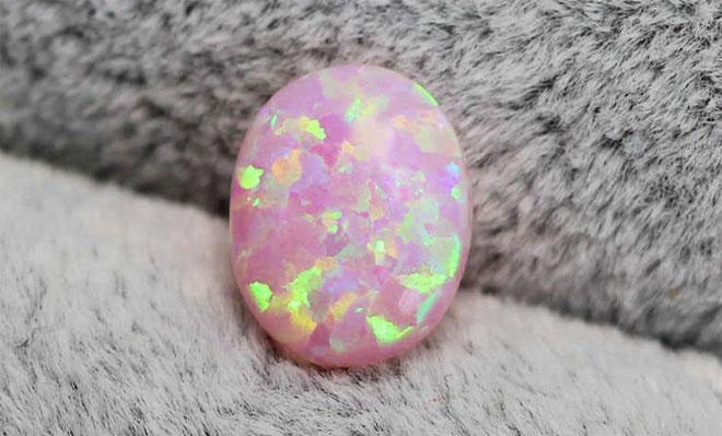 розовый опал минерал