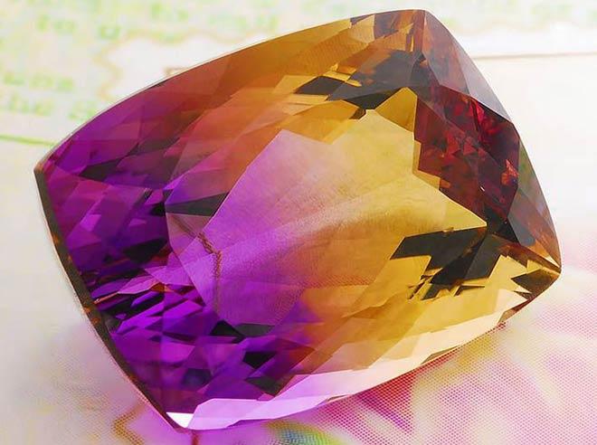 аметрин камень