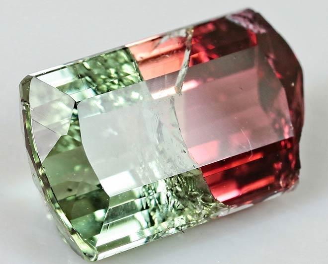 камень арбузный турмалин