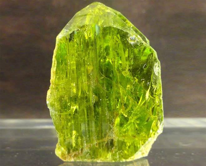 перидот камень