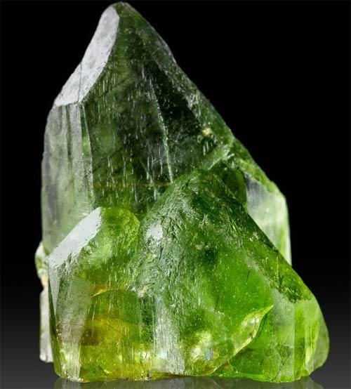 перидот минерал