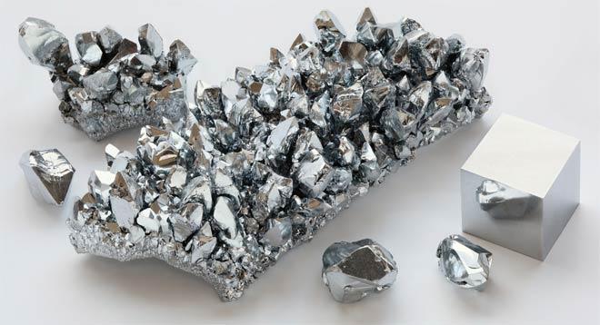 Кристаллы хрома различной формы