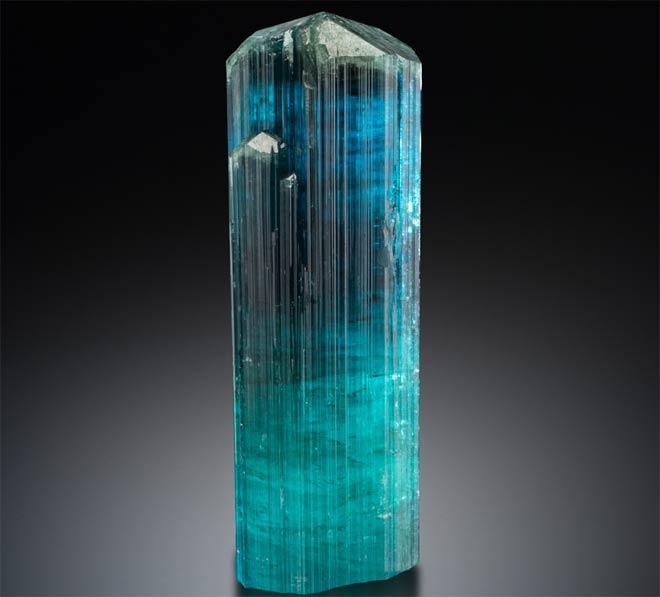 минерал Индиголит